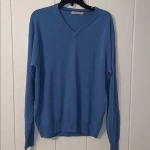 Peter Millar blue V neck sweater